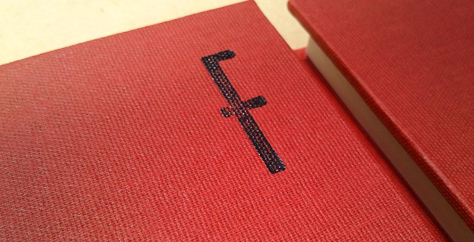 Cuadernos-con-logo