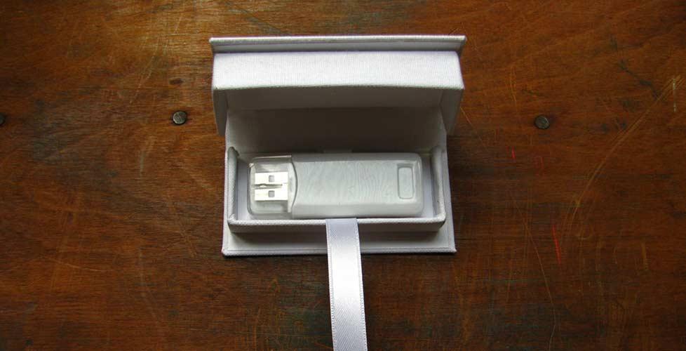 cajas-pendrive-artesanal-casamiento