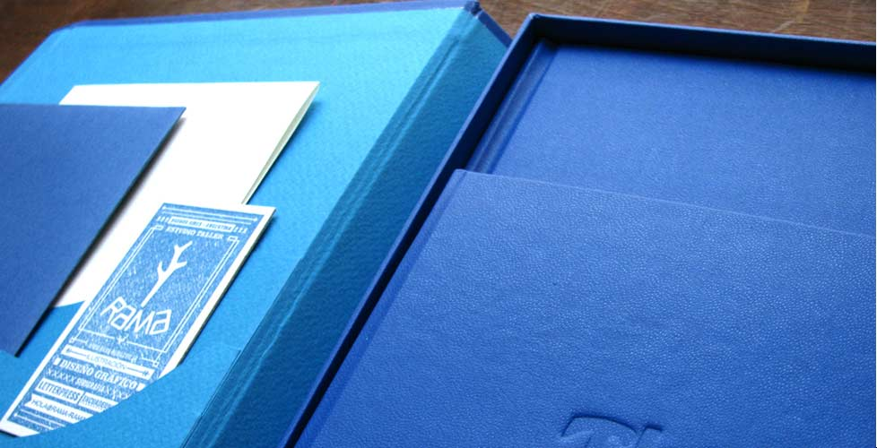 encuadernacion-sistemas-brandbook-caja3