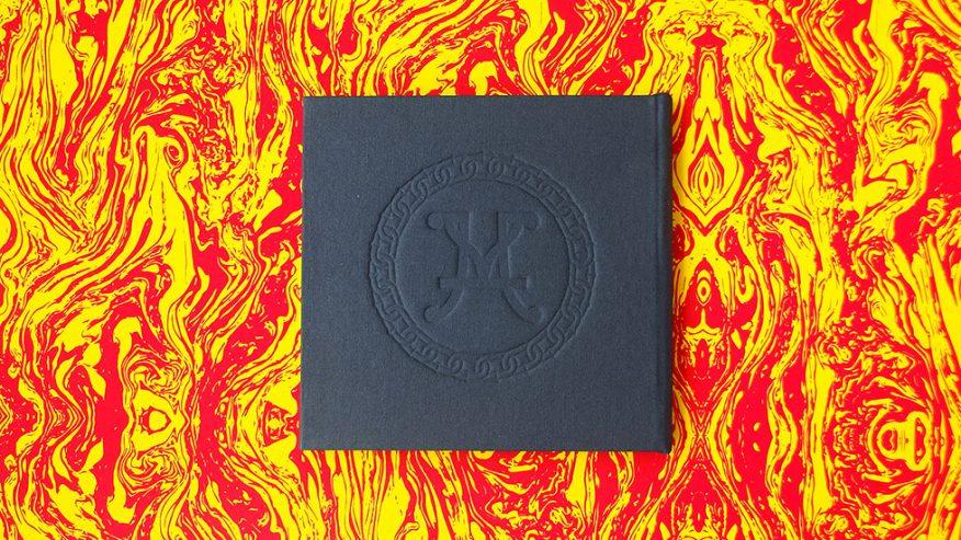 04-cd-bajo-relieve