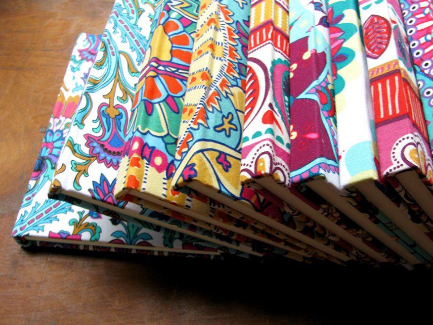08-cuadernos-regalo-telas-estampada